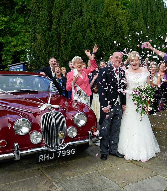 Wedding car hire from Tudor Photography Banbury